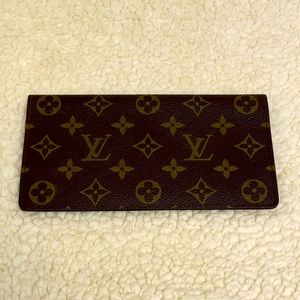 LOUIS VUITTON vintage cheque book wallet monogram